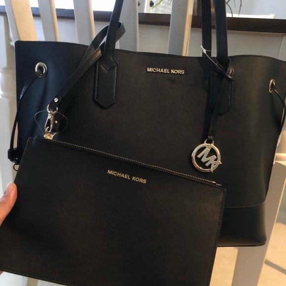 521bdd9916aba Michael Kors Bags